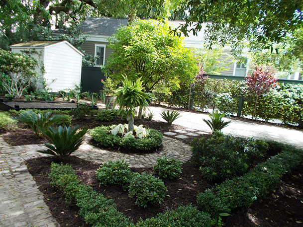Curb Appeal Is Key In Charleston Landscapes